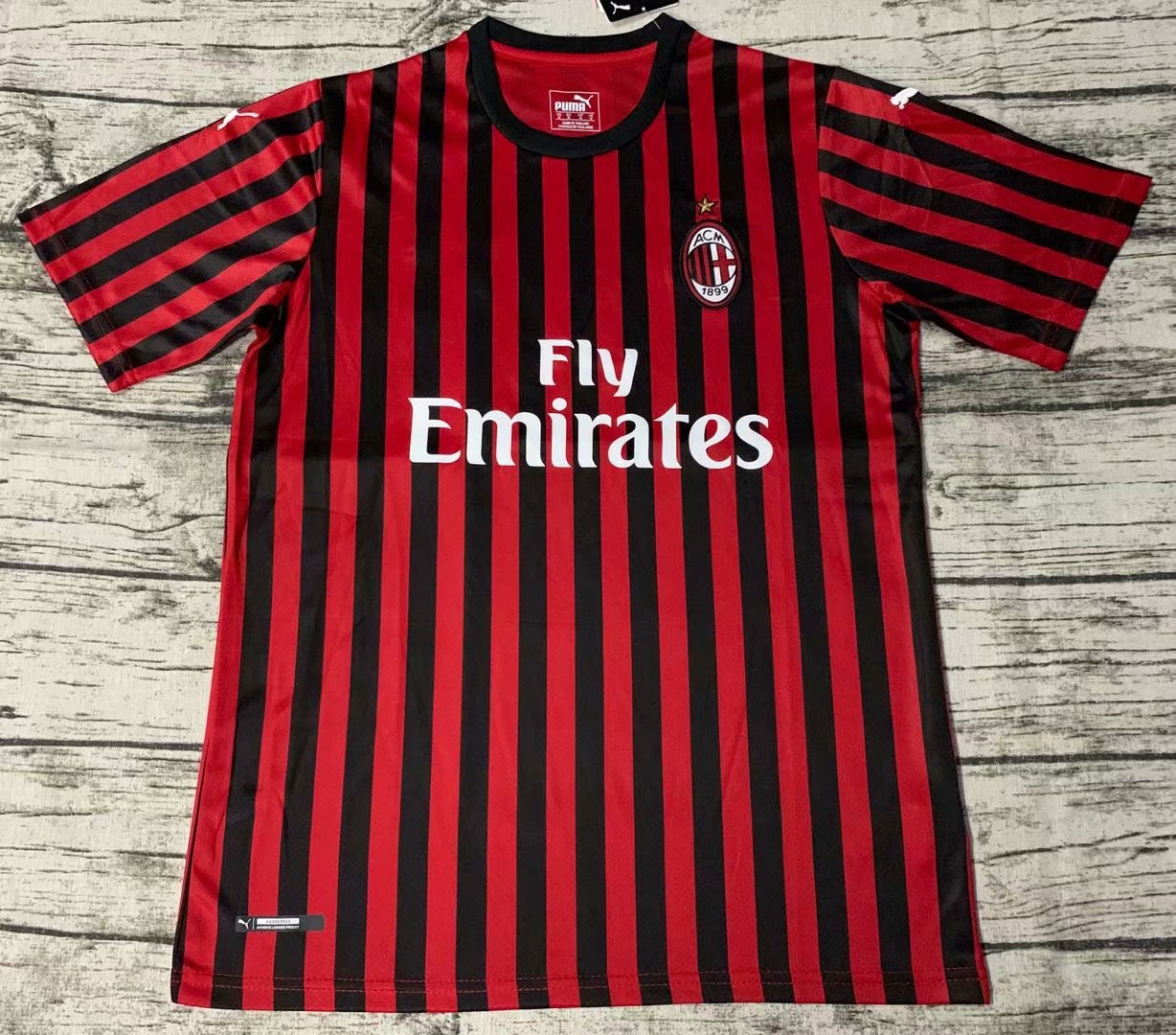 2019/2020 season AC Milan home soccer jerseys new Thai version of the shirt jersey men's soccer clothing custom name and number